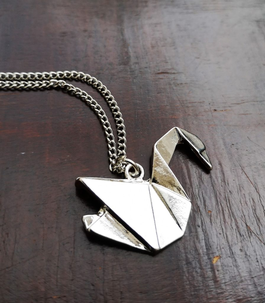 """Silver Swan"" ogrlica"