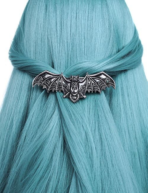 """LACE BAT SILVER HAIRCLIP"""